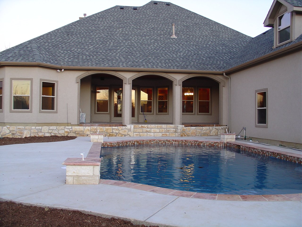 Building your dream house find out why you should need a for Find custom home builder